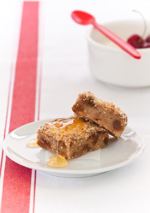 Pan dolce alle albicocche disidratate, mandorle e nocciole