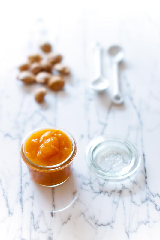 Marmellata (?) di albicocche e lavanda senza zucchero