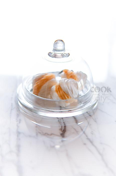 Meringhette con gelato all'albicocca e lavanda